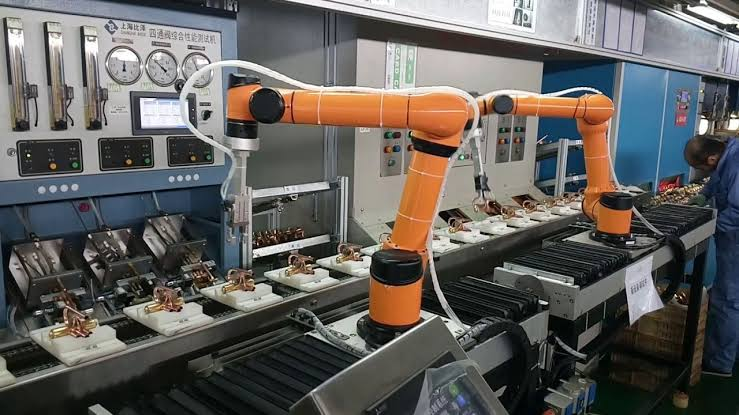 Emergence Of Collaborative Robot In The Manufacturing Industry.